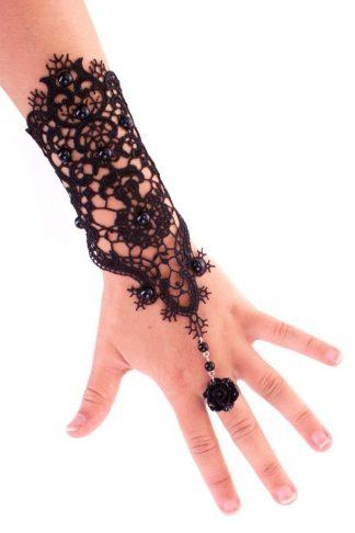 Armband handschoen kant met bloem