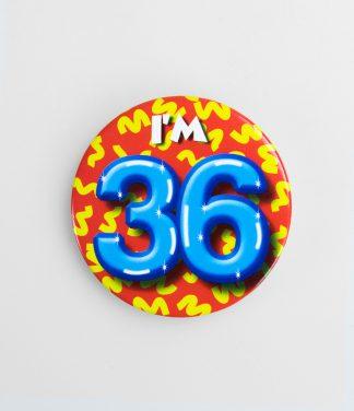 Button 36 jaar